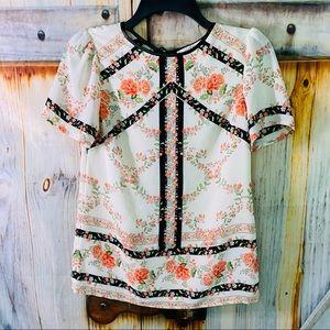 NWOT Oasis Short Sleeve Floral Blouse Peach Black Size 6